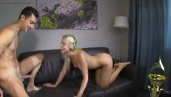 One more attempt of Teri Weigel to satisfy her milf pussy